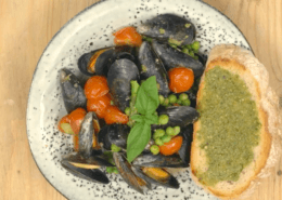 pesto mussels on toast